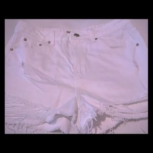 MOM shorts in white for those upcoming summer day